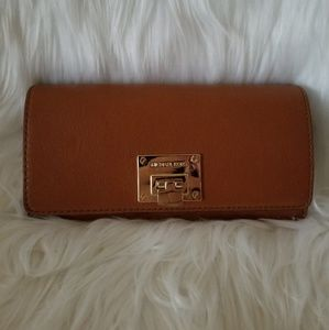 Michael Kors Wallet, Luggage Color, EUC